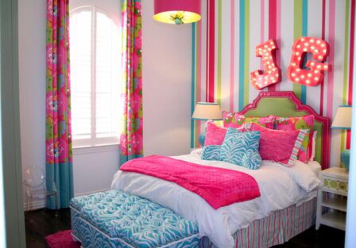 Jaylie room before